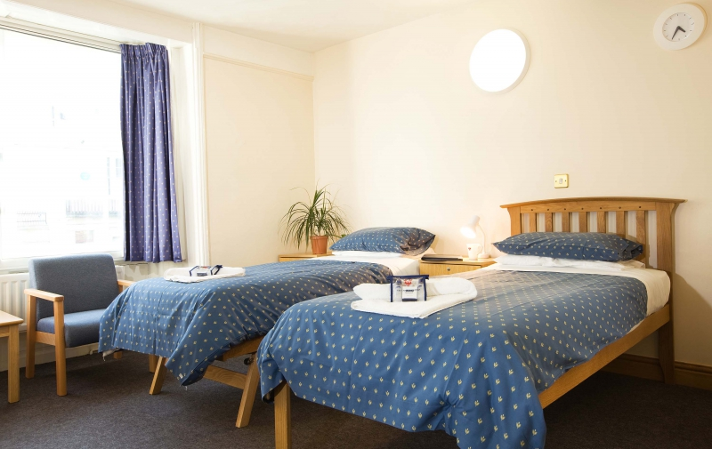 Twin room in Carrodus Quad